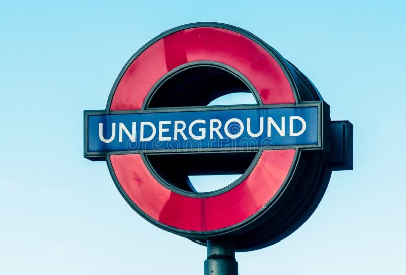 Un segno sotterraneo di 05/11/2017 di Londra, Regno Unito, Londra fotografie stock libere da diritti