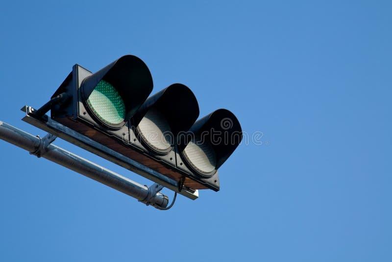 Un semaforo verde fotografia stock