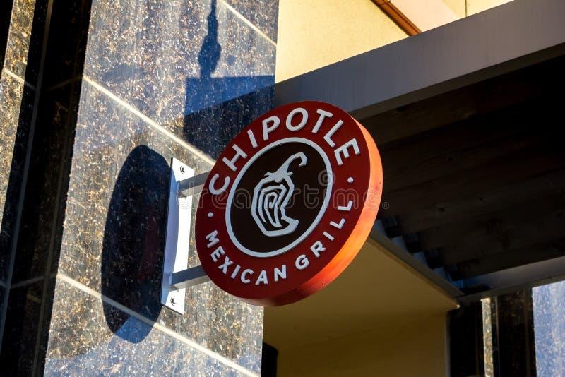 Un signe de gril mexicain de Chipotle image stock