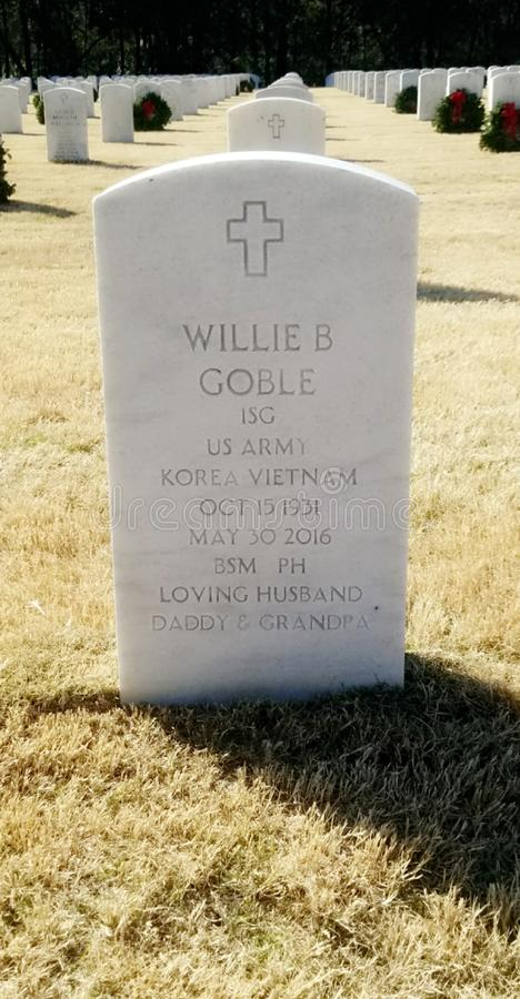 Un soldier& x27; tomba di s immagini stock