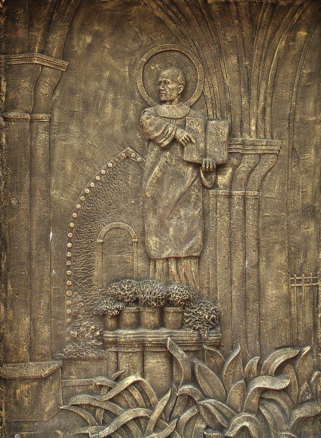 Un stele con diez mandamientos foto de archivo