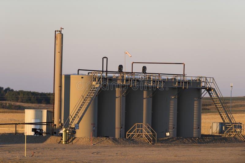 Un stockage d'huile échoue dans le Dakota du Nord photographie stock libre de droits