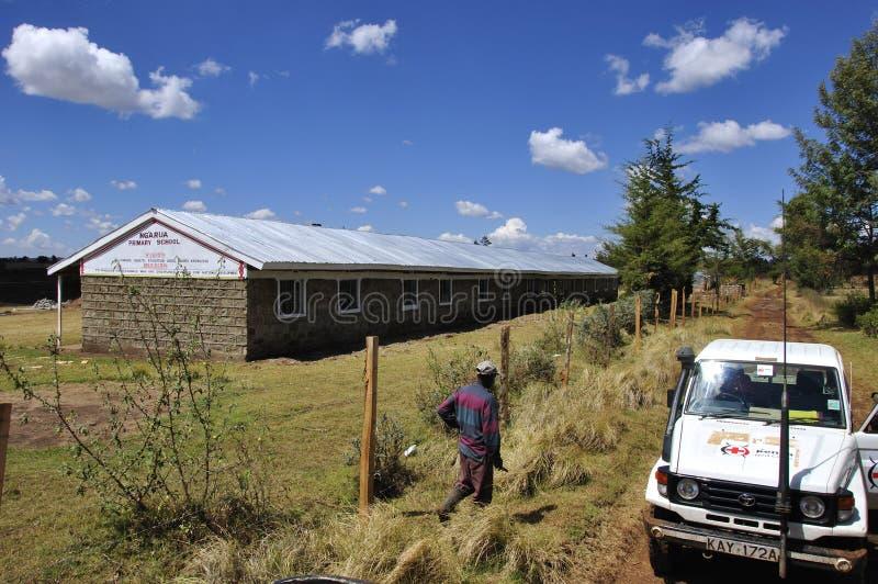 Un sur quatre écoles reconstruites par la Croix-Rouge du Kenya dans Eldore photo stock