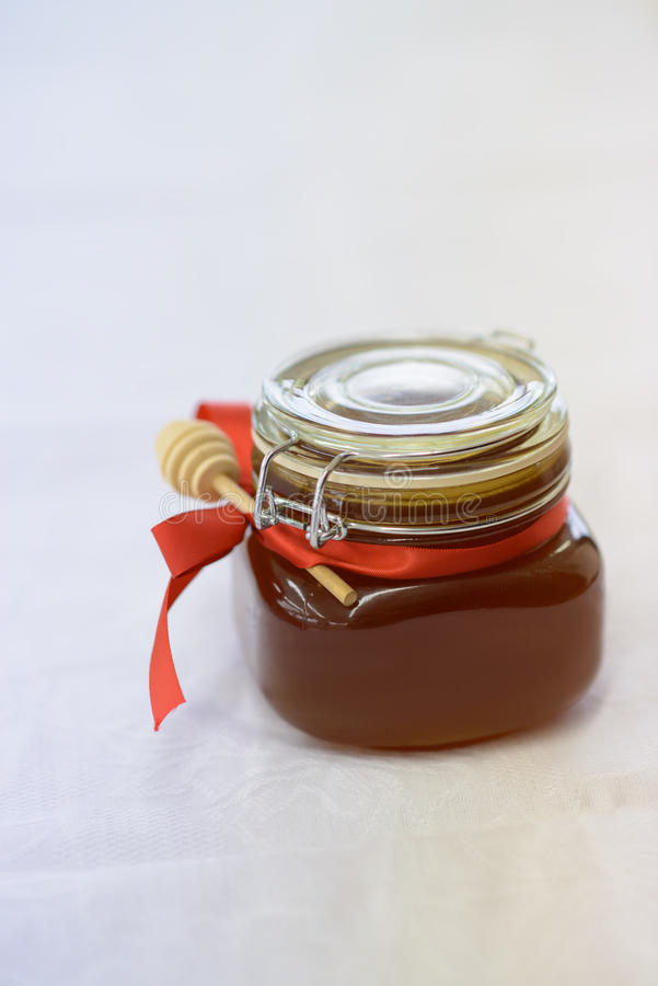 Un tarro de miel fotos de archivo libres de regalías