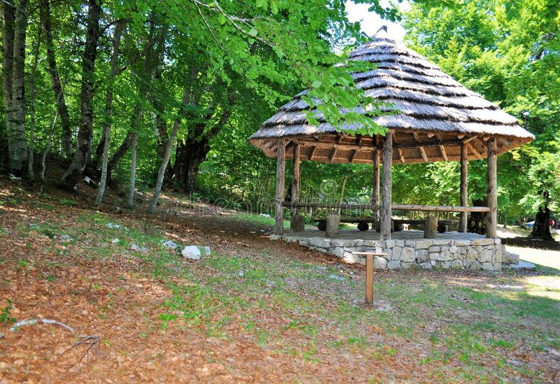 Un tejado para descansar - el parque nacional de Lovcen fotos de archivo