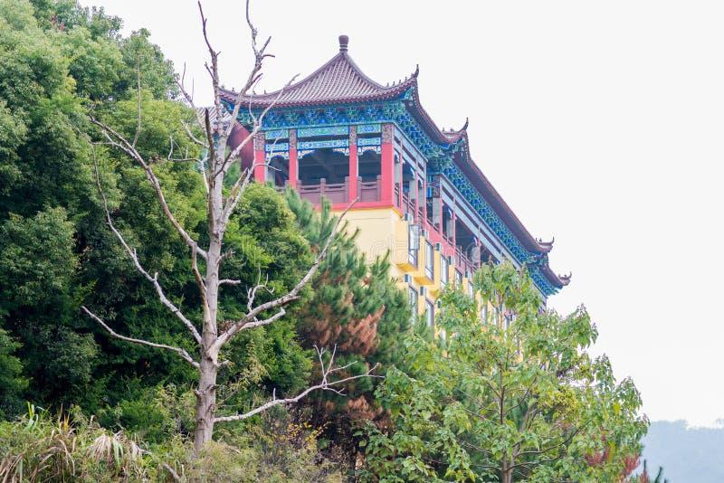 Un temple sur la montagne photo libre de droits