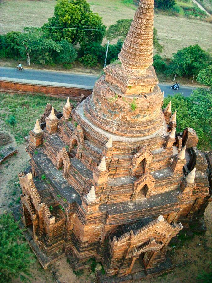 un templo viejo en Birmania imagenes de archivo