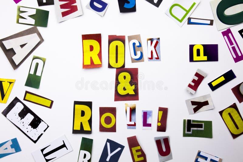 Un testo di scrittura di parola che mostra concetto del rock-and-roll fatto della lettera differente del giornale della rivista p immagini stock