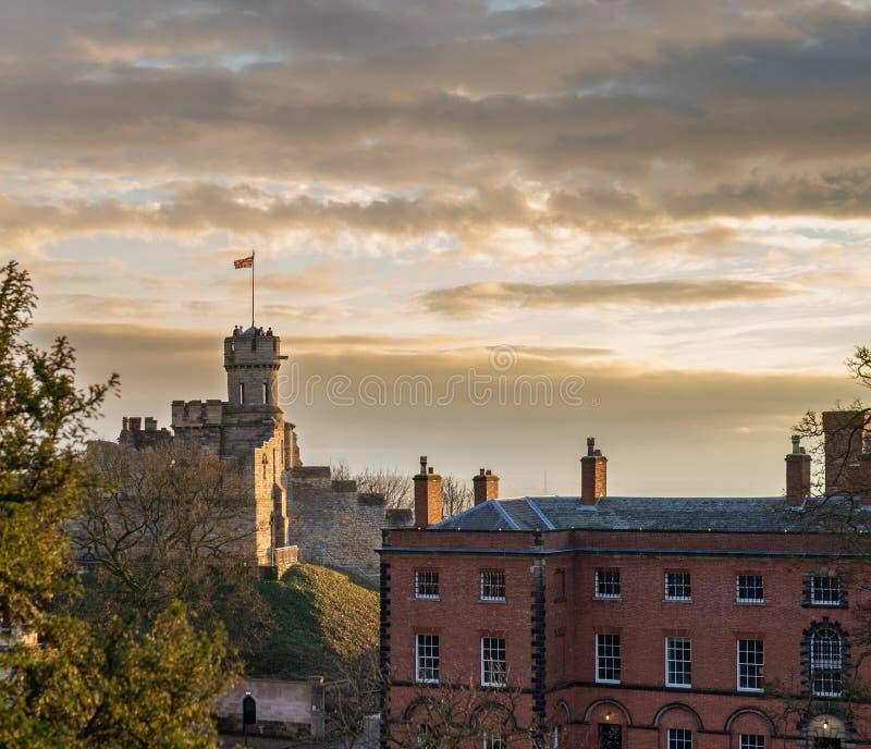 Un tir de Lincoln Castle Ruins au coucher du soleil photos libres de droits