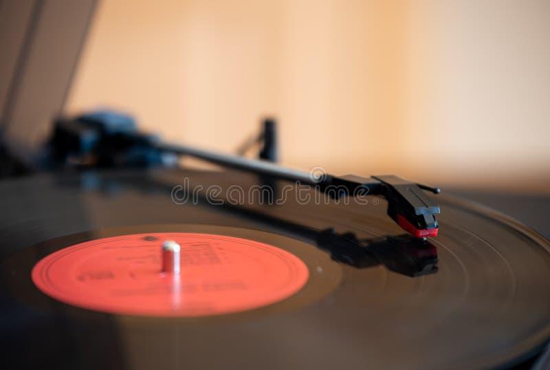 Un tourne-disque de table de disque et de tour photo libre de droits