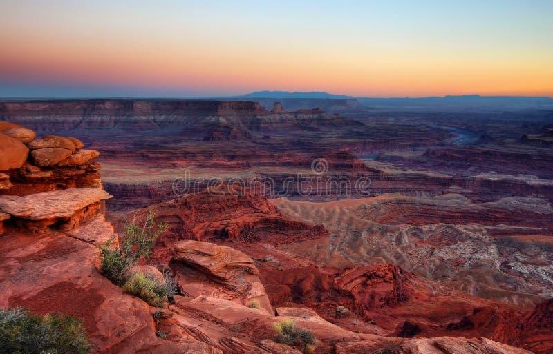 Un tramonto di Canyonland immagine stock