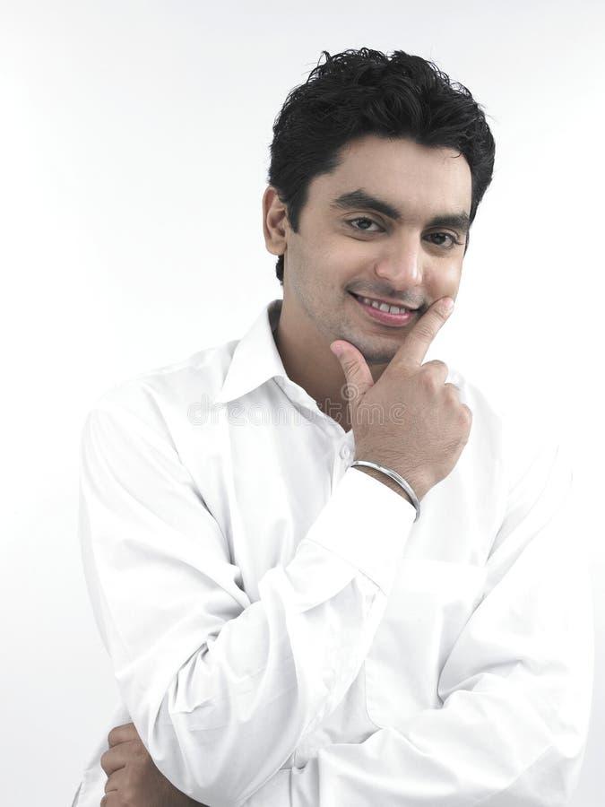 Download Un uomo asiatico felice immagine stock. Immagine di nero - 7321245
