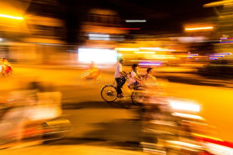 Un uomo del ciclo fotografie stock