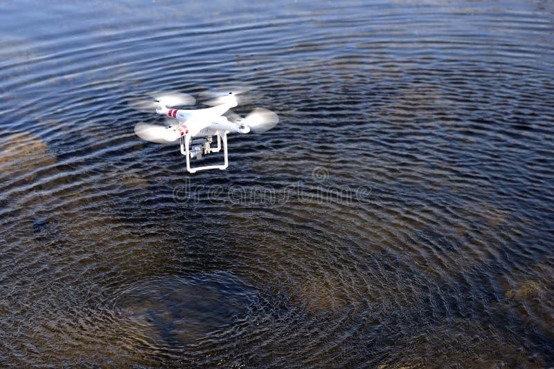 Un véhicule aérien téléguidé photos libres de droits