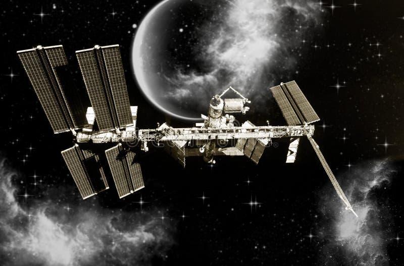 Un vaisseau spatial approche d'une planète inconnue Concept d'odyssée spatiale illustration stock