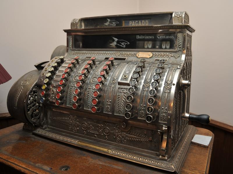 Un vecchio registratore di cassa in Potosi fotografia stock libera da diritti