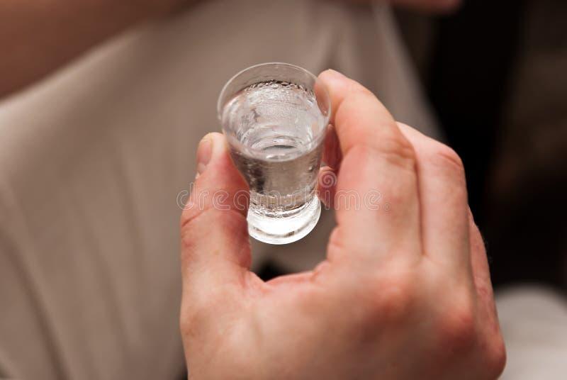 un vetro di vodka fredda immagine stock libera da diritti