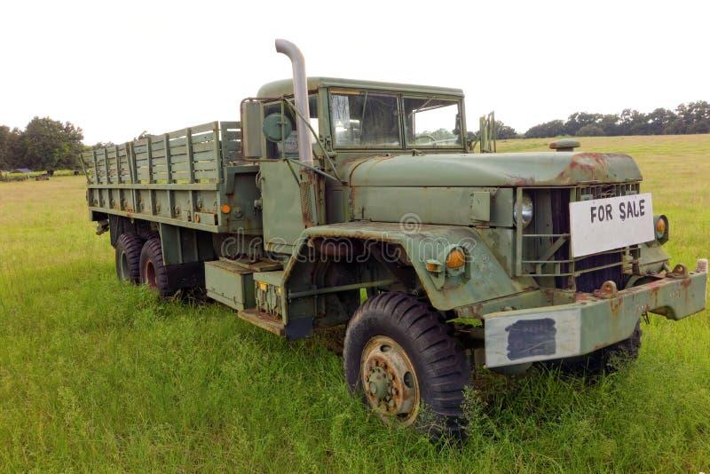 un vieux camion vendre dans le georga photo stock ditorial image du rouill georgia 45837623. Black Bedroom Furniture Sets. Home Design Ideas