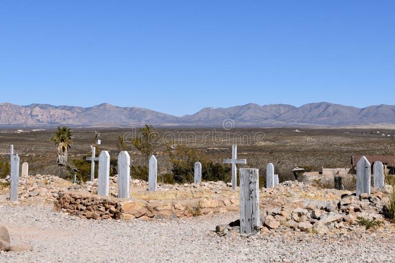 Un vieux cimetière avec des tombes couvertes de roches savent comme boothill images libres de droits