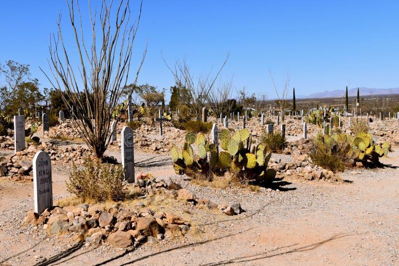 Un vieux cimetière avec des tombes couvertes de roches savent comme boothill photos stock