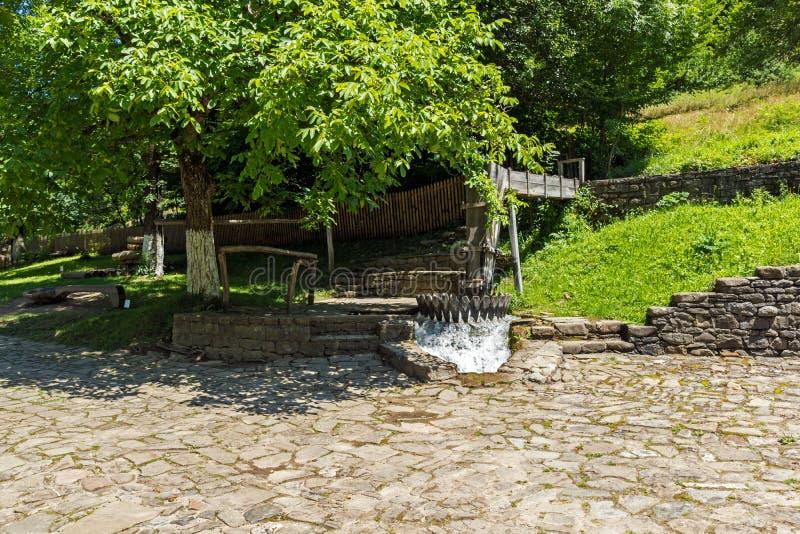 Un vieux moulin dans le village d'Ethno Etar Etara près de ville de Gabrovo, Bulgarie photo stock