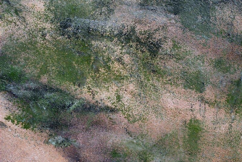 Un Vieux Mur De Béton Gris Vert Battu Avec Des Fissures Des