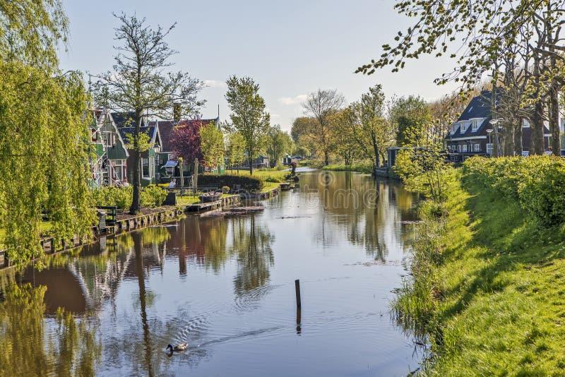 Un villaggio etnografico pittoresco Zanes-Schans netherlands immagini stock