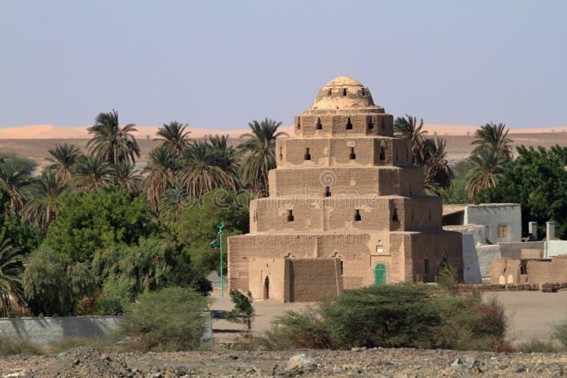 Un villaggio nel Sahara sudanese immagini stock libere da diritti