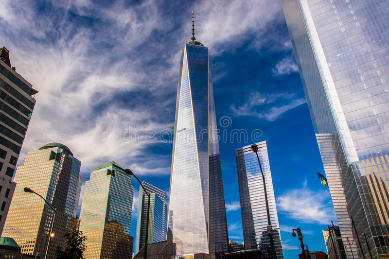 Un World Trade Center y otros rascacielos en Lower Manhattan, foto de archivo libre de regalías