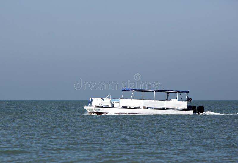 Barca del pontone fotografie stock