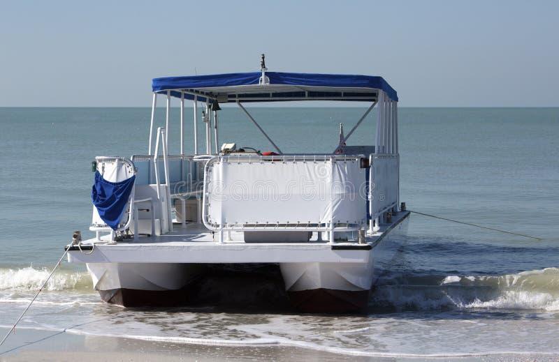Barca del pontone fotografie stock libere da diritti