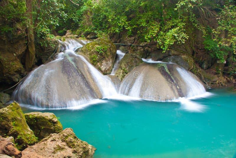 Una bella cascata in Tailandia fotografia stock