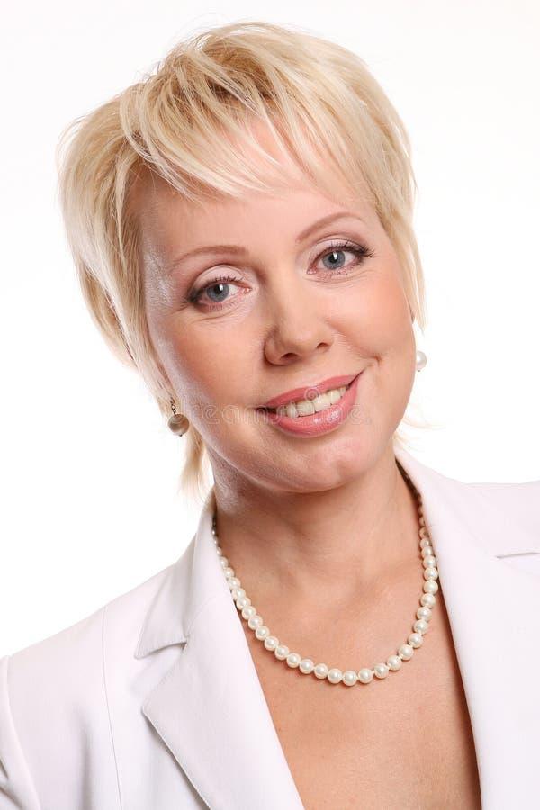 Una bella donna attraente su bianco fotografie stock libere da diritti