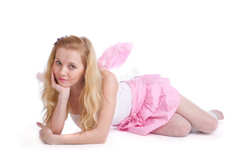Una bella donna nel costume di un angelo immagine stock libera da diritti