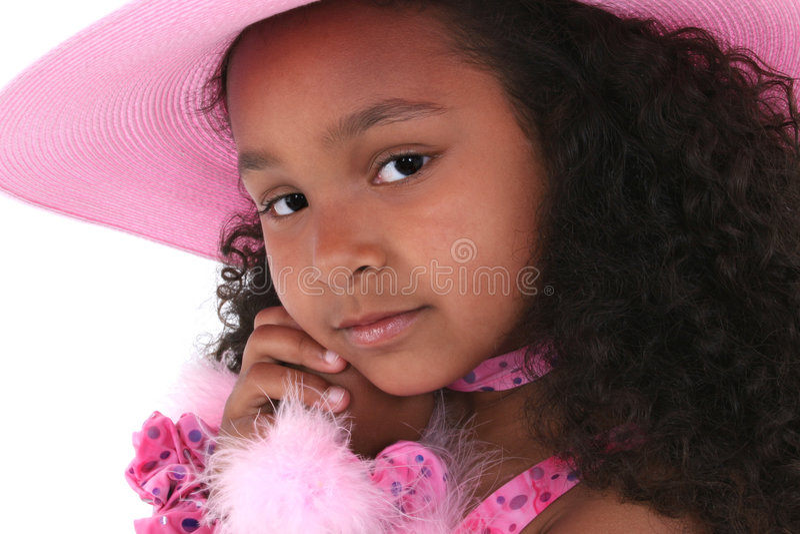 Una Bella Ragazza Di Sei Anni Nel Colore Rosa Fotografia Stock