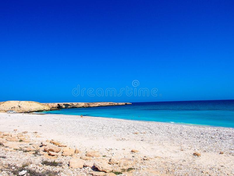 Una bella spiaggia nell'Oman immagine stock libera da diritti