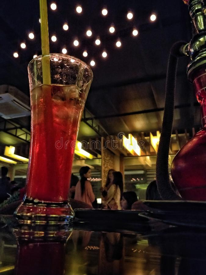 Una bevanda da ricordarsi!! fotografie stock libere da diritti