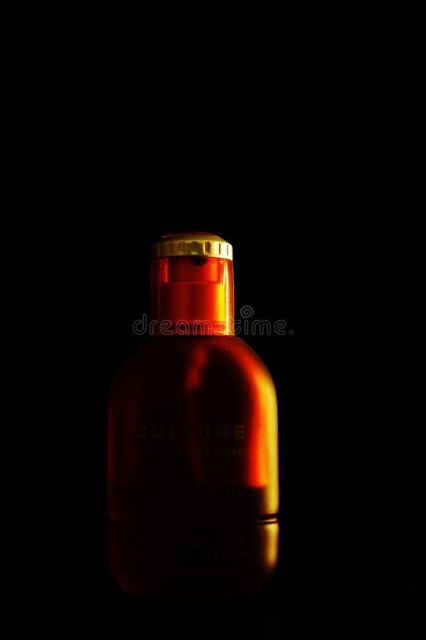 Una botella de cosmético fotografía de archivo libre de regalías