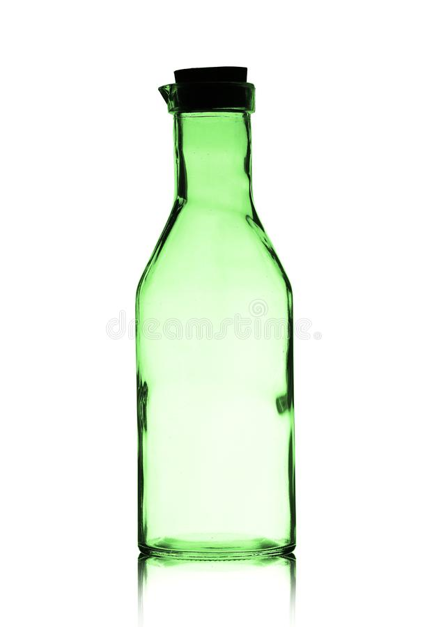 Una botella vacía grande con un tapón imágenes de archivo libres de regalías