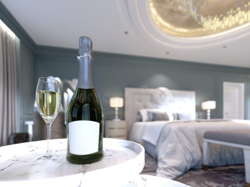 Una bottiglia aperta di champagne con un bicchiere di vino sulla tavola nella camera da letto, effetto di profondità di campo illustrazione di stock