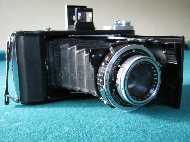 Una cámara vieja de la foto fotografía de archivo libre de regalías