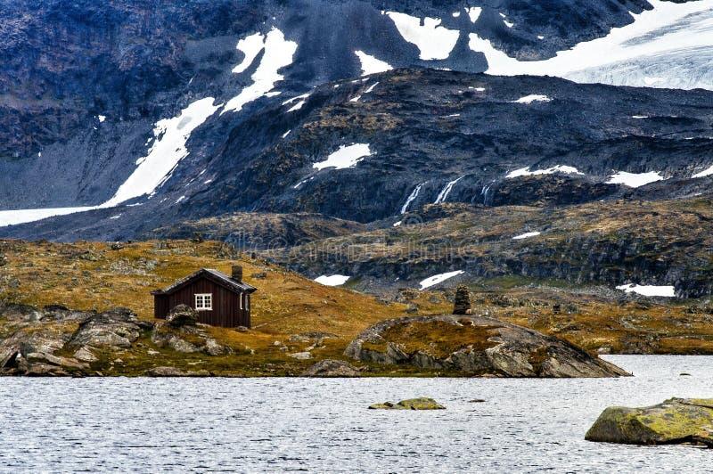 una cabina della montagna fotografia editoriale immagine