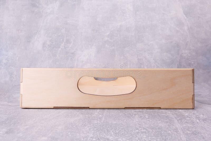 Una caja de madera de la cocina imágenes de archivo libres de regalías
