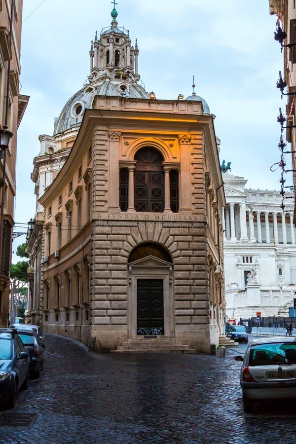 Una calle secundaria en Roma fotos de archivo libres de regalías