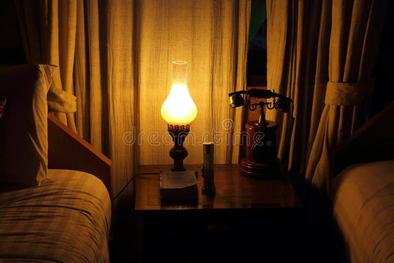 Camera da letto di stile dell'annata immagine stock libera da diritti