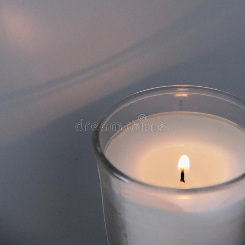 Una candela profumata fotografia stock libera da diritti