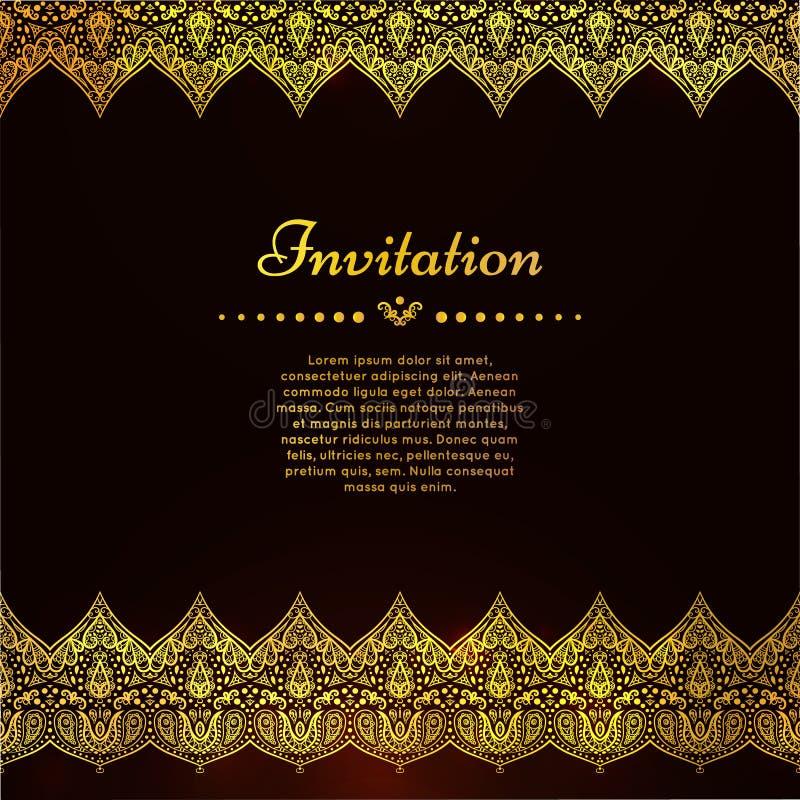 Una carta d'annata di lusso di vettore Invito con i bei ornamenti dorati, struttura del confine del pizzo Modello reale dell'oro illustrazione di stock