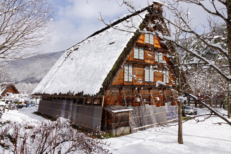 Una casa de madera en Takayama, Japón fotos de archivo