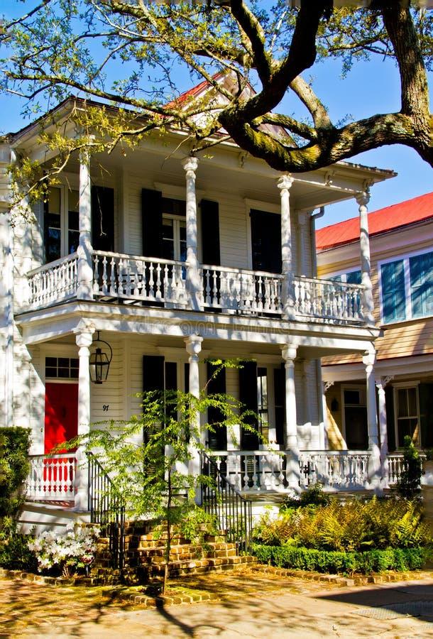 Una casa dello Sc di Charleston nel vecchio stile fotografie stock libere da diritti