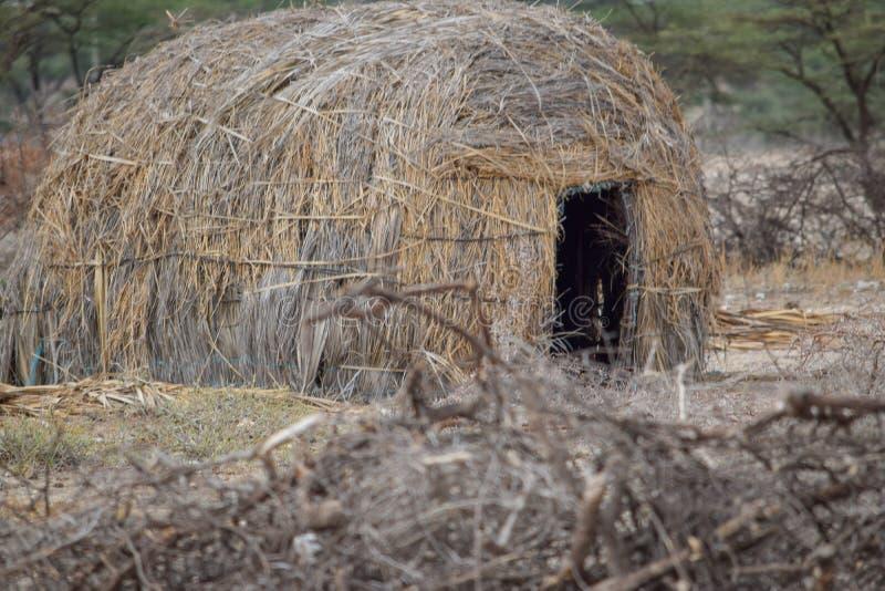Una casa tradicional del masai en Samburu, Kenia foto de archivo libre de regalías